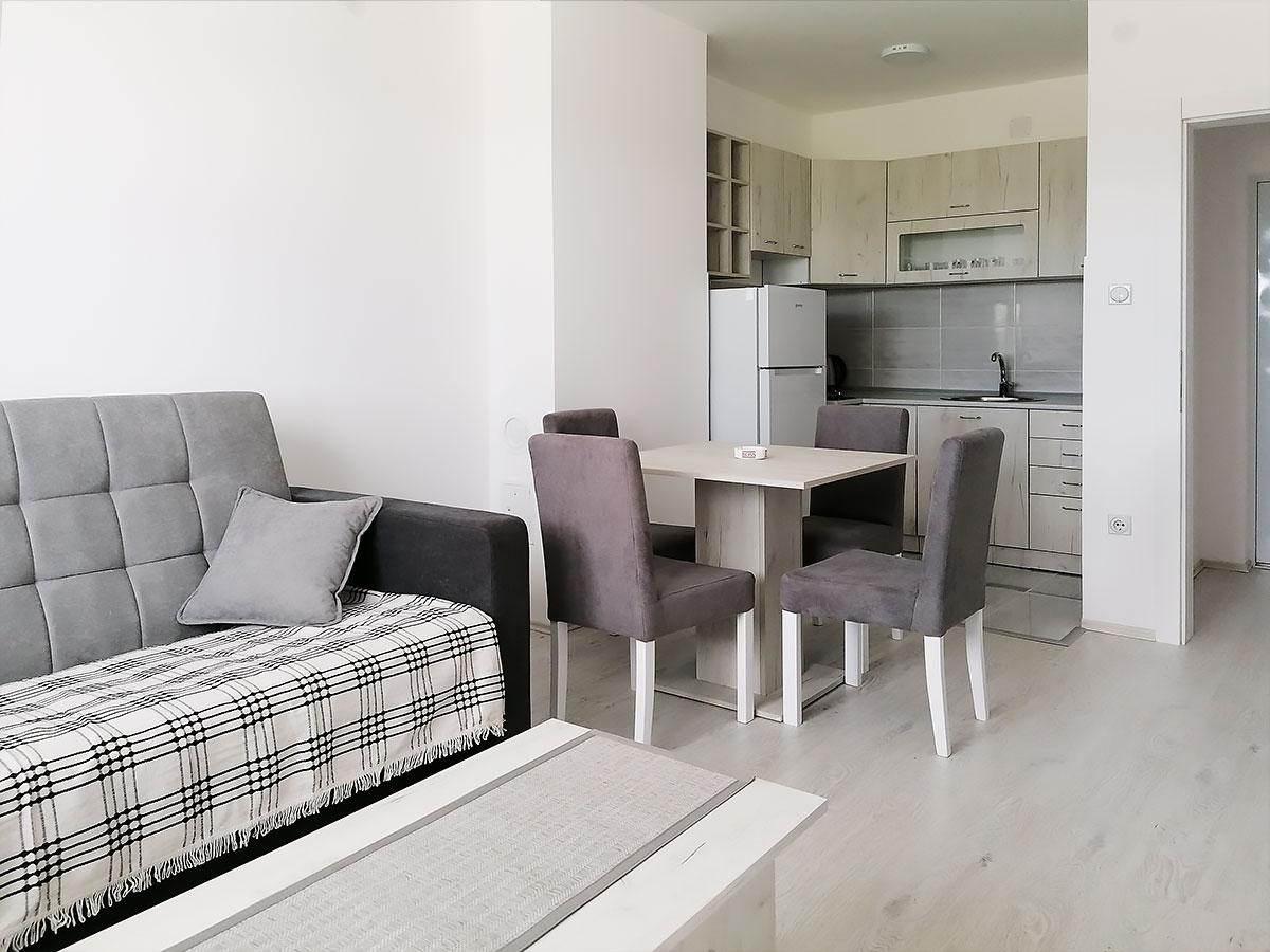 Apartman AD - Dnevna soba: krevet