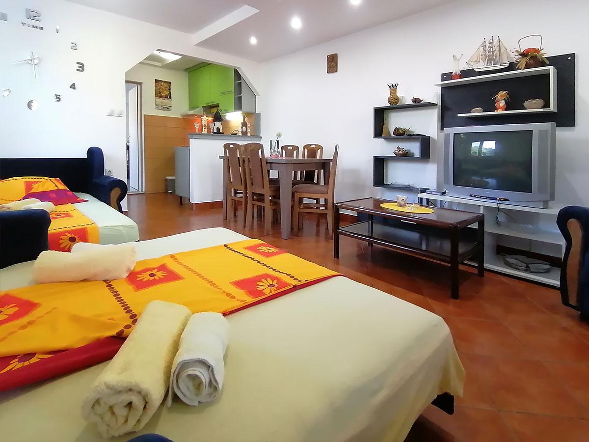 Apartmani Ena - TV