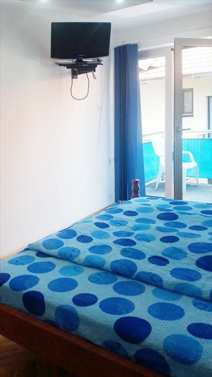 Apartman Hram - Spavaća soba 1 - TV