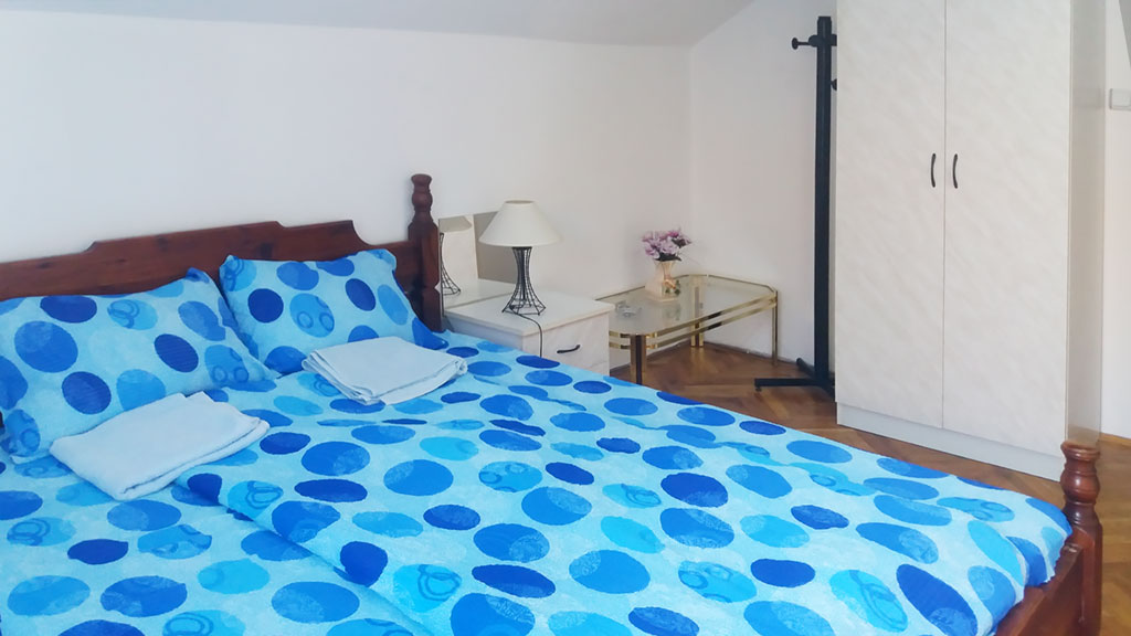 Apartman Hram - Spavaća soba 1 - Garderober