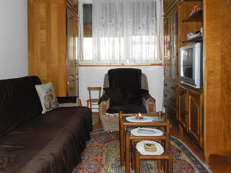 Apartman Lena - Dnevna soba - kauč i dve fotelje