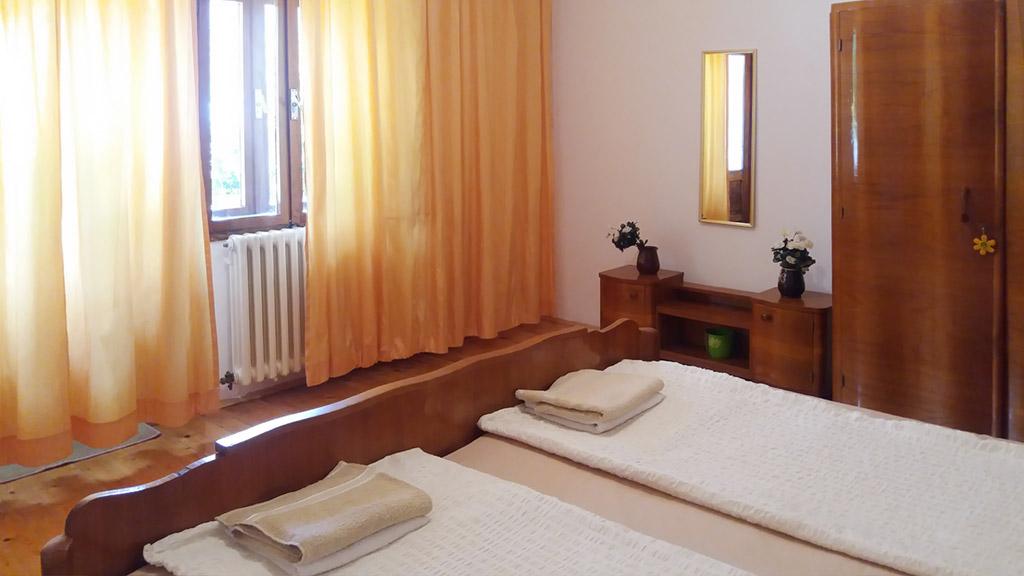 Apartman Mia - Spavaća soba - Garderober