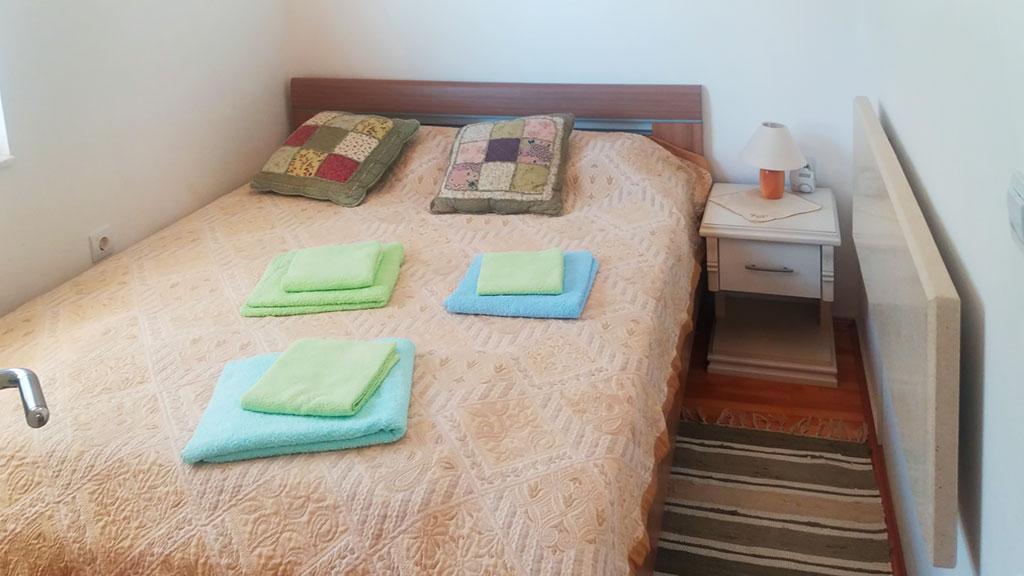 Apartman Pazova - Spavaća soba - Francuski ležaj