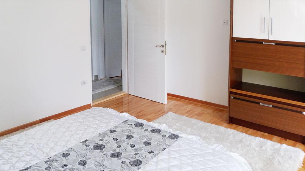 Apartman Fani - Spavaća soba 1 - Garderober