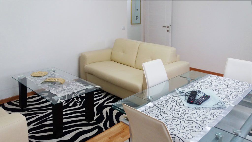 Apartman Fani - Sto za ručavanje