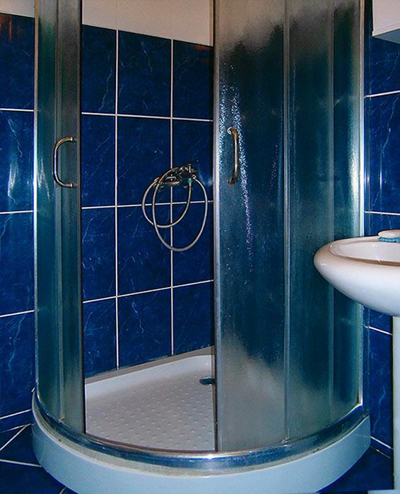 Apartman Staša - Kupatilo - tuš kabina