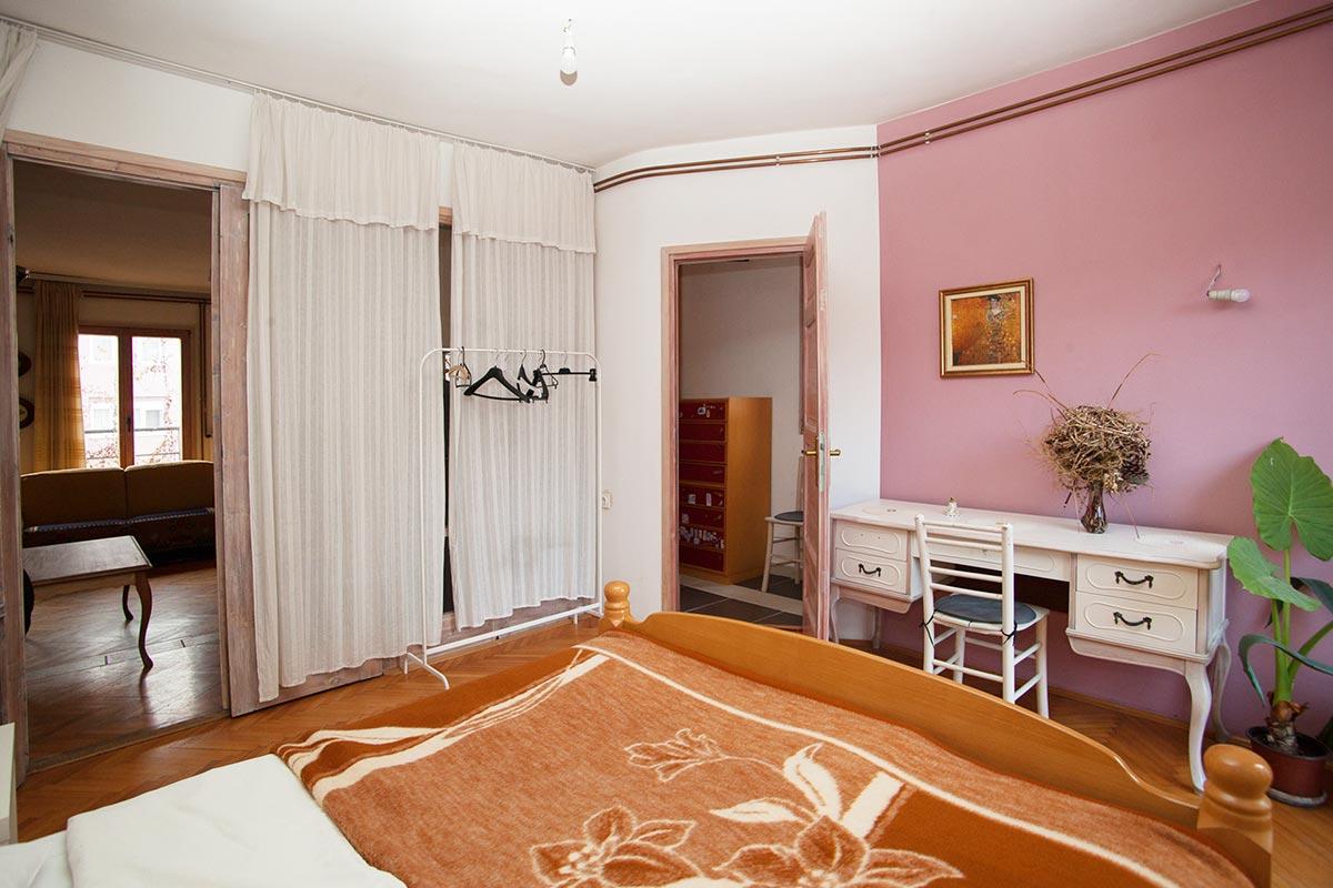 Apartman Superstar 2 - Spavaća soba II - stočić
