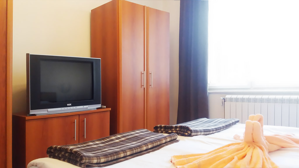 Apartman Vendi - Spavaća soba 2 - TV