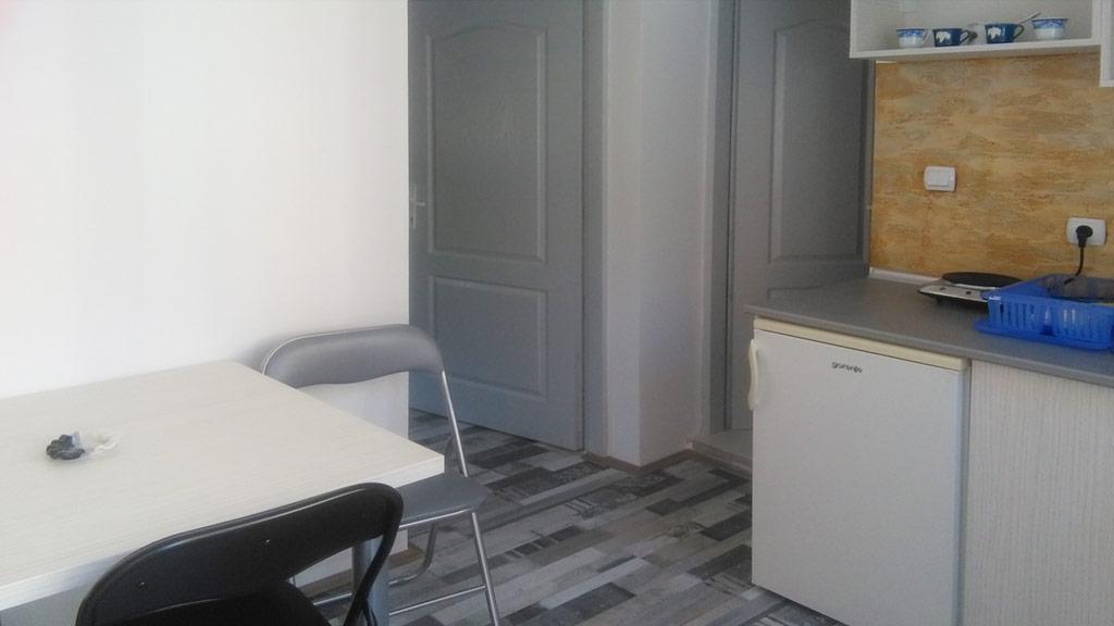 Apartman Vila Jelena - Sto
