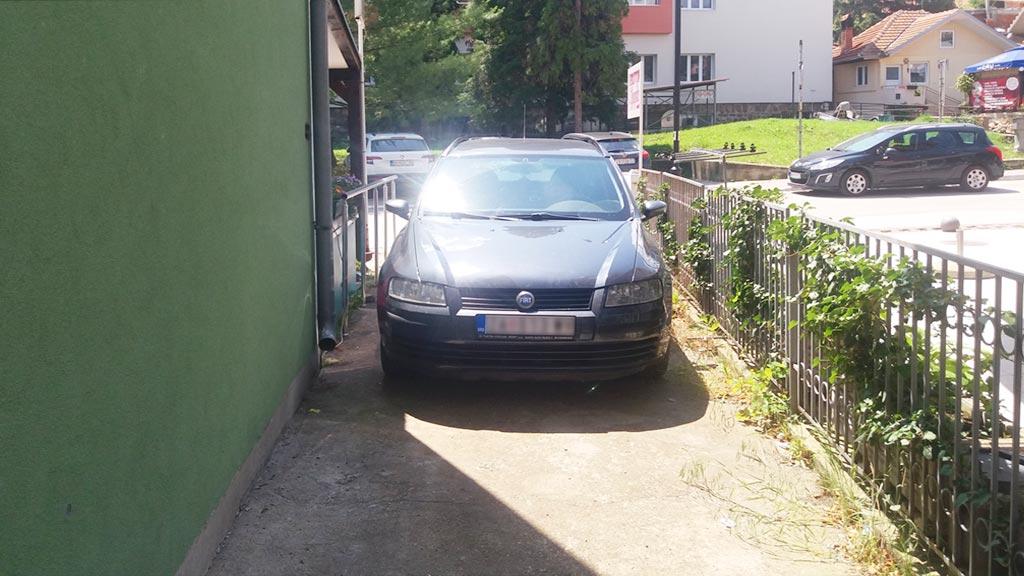 Apartman Vujić - Parking