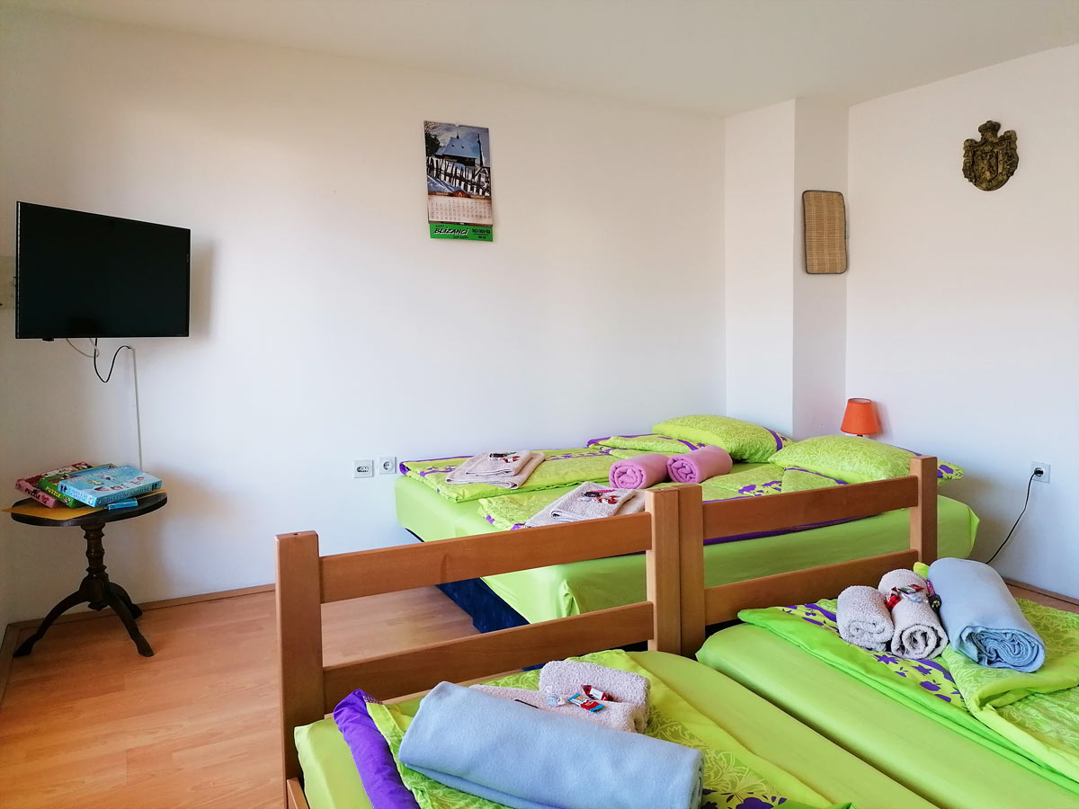 Plavi apartman - TV