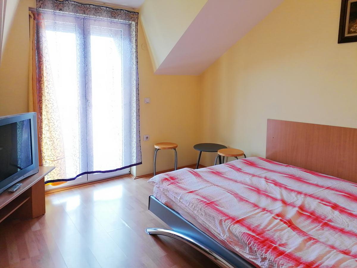 Apartman Mira 1 - spavaća soba