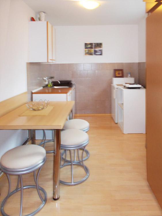 Akva Star Studio 4 - Kuhinja