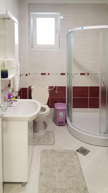 Apartman Titija - Kupatilo