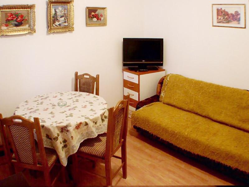 Apartman 1 - Trpezarija - TV