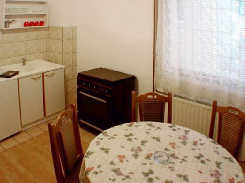 Apartman 1 - Kuhinjski deo - Šporet