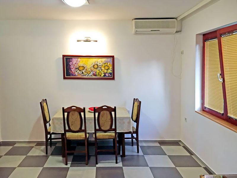 Apartman MIMILUX - Trpezarija