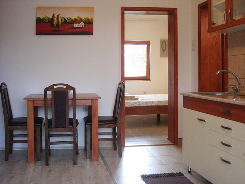 Apartman Jasmin - trpezarija sa kuhinjom