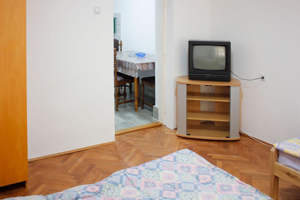 Apartmani Vojin - Spavaća soba - TV
