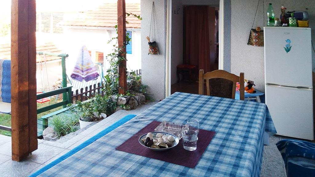Apartman Marion - Zejednička letnja kuhinja
