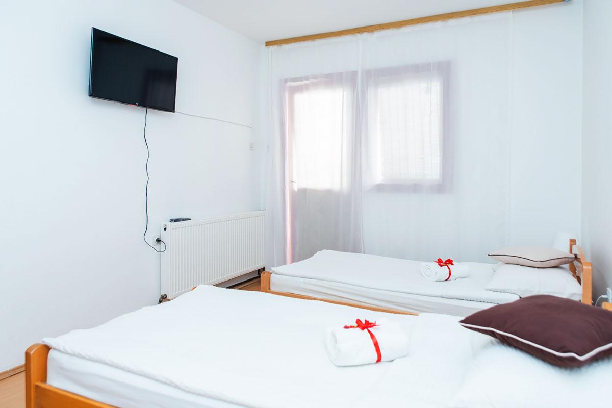 Apartman A1 - Spavaća soba - TV