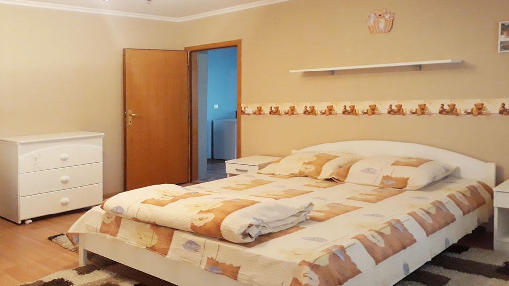 Sobe Lana - Trokrevetna soba - Francuski ležaj