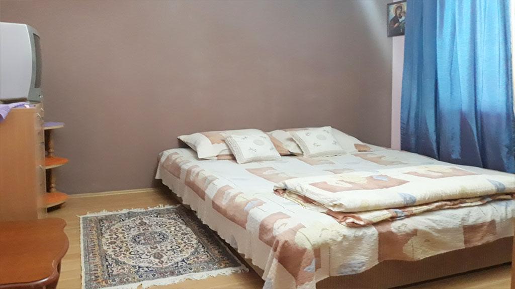 Sobe Lana - Dvokrevetna soba 1 - Francuski ležaj