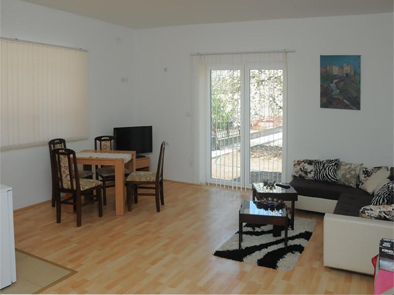 Apartman 1 Merlin - Dnevna soba - Izlaz ka terasi