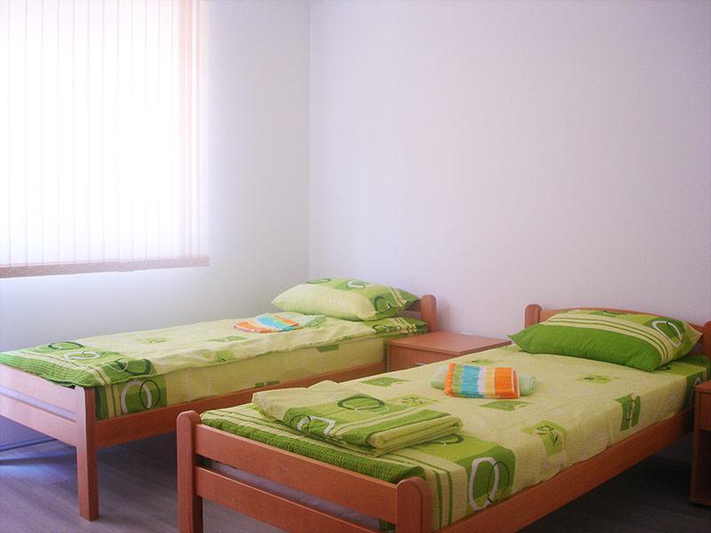Studio 3 Merlin - 2 odvojena kreveta