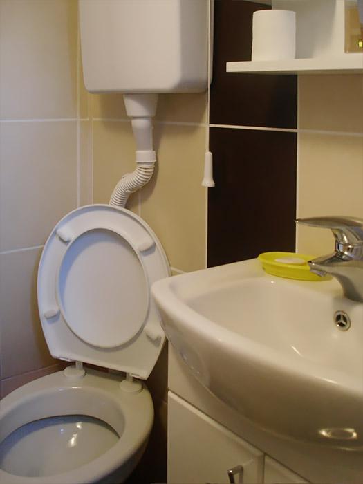 Sobe Pčela - Toalet