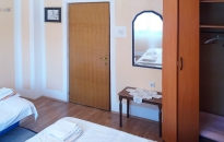 Apartman Topola - Spavaća soba 1 - Garderober